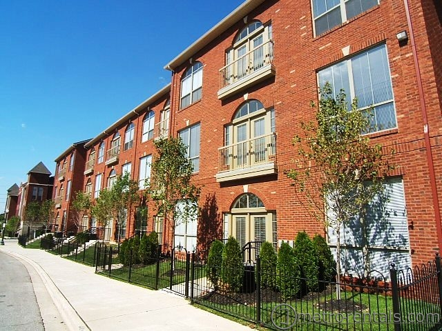 Brewery District Downtown Liberty Place Apartments Studios Two Blocks From German Village Is An Oasis In The